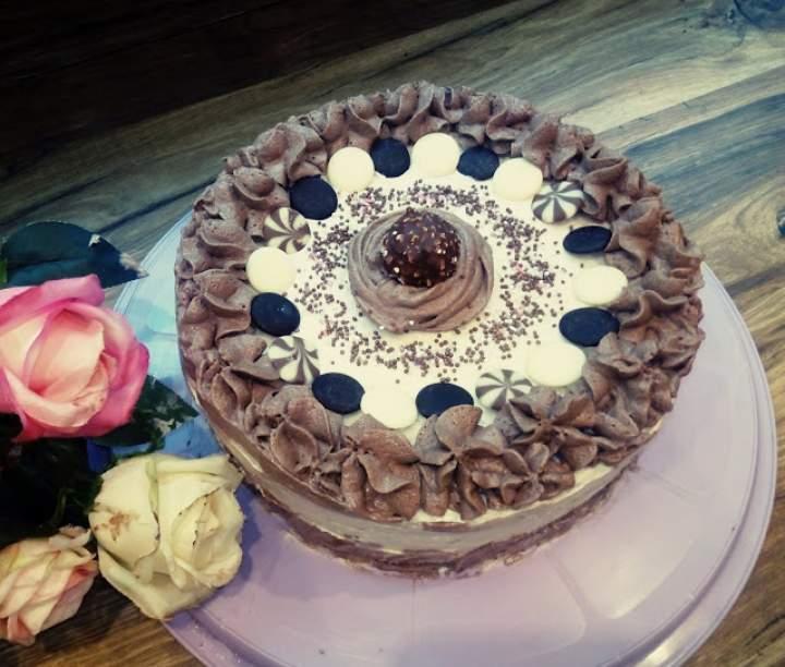 Tort czekoladowy – cappuccino