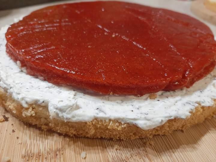 Żelka truskawkowa do tortu (z mrożonych truskawek)