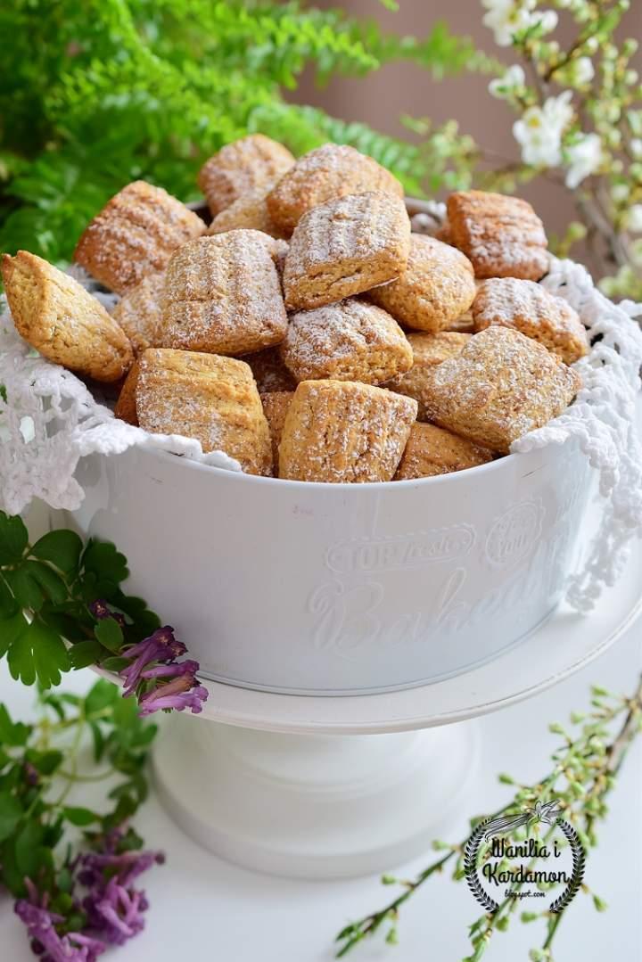 Ciasteczka miodowo-kokosowe