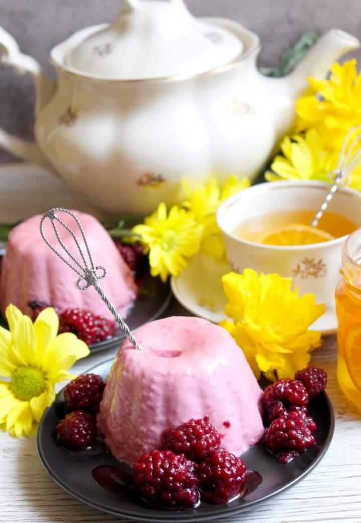 Owocowa panna cotta – deser do kawy lub herbaty