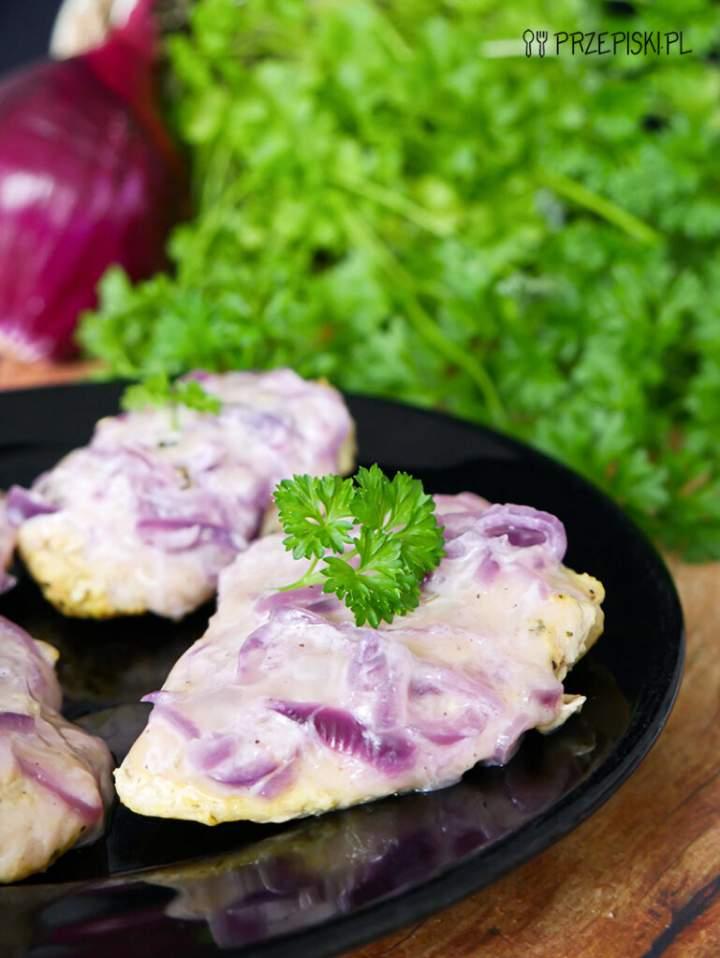 Filet z Kurczaka pod Cebulową Pierzynką