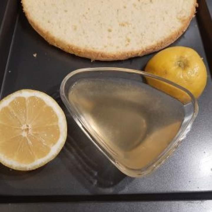 Poncz do nasączenia tortu  (1) (woda, cytryna, brandy)