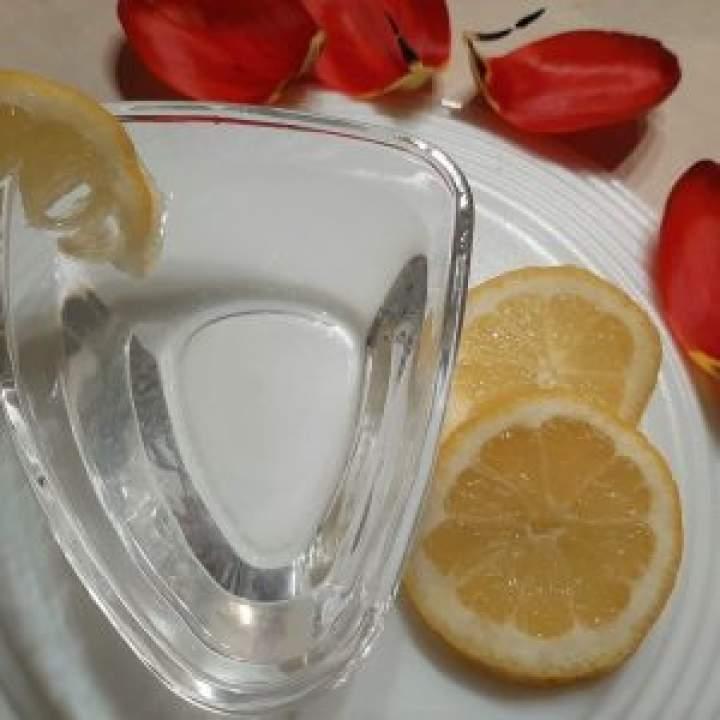 Poncz do nasączenia tortu  (2) (woda, cytryna, cukier waniliowy)