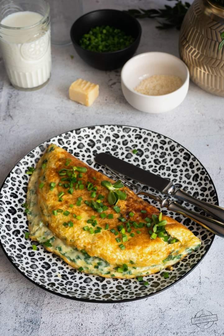 Omlet serowo-szpinakowy