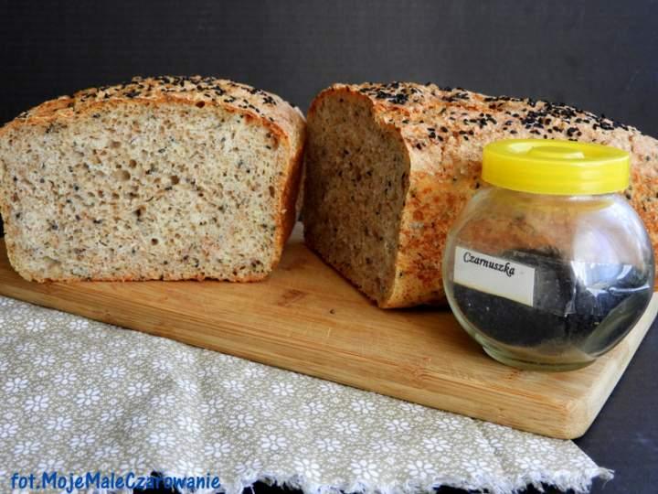 Chleb pszenno – żytni z czarnuszką