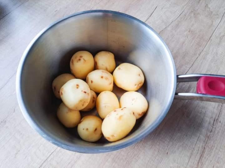 Pieczone rozgniecione ziemniaki