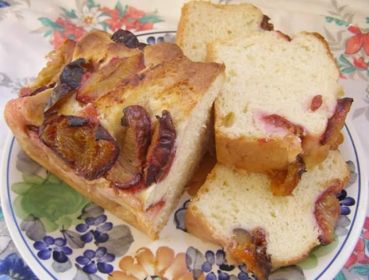 łatwe ciasto drożdżowe ze śliwkami…