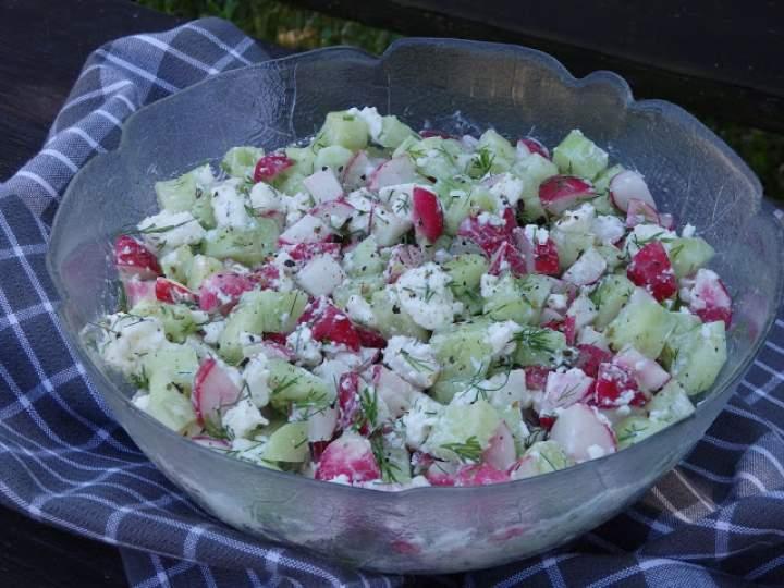Wiosenna sałatka do obiadu i grilla