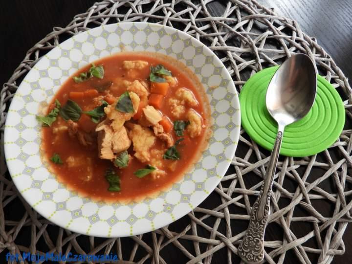 Zupa pomidorowa z zacierkami