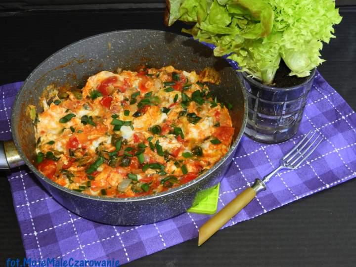 Jajecznica z pomidorami po hiszpańsku