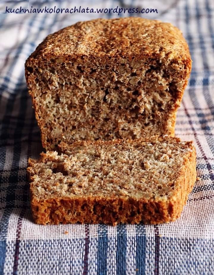 Chleb z otrębami i słonecznikiem