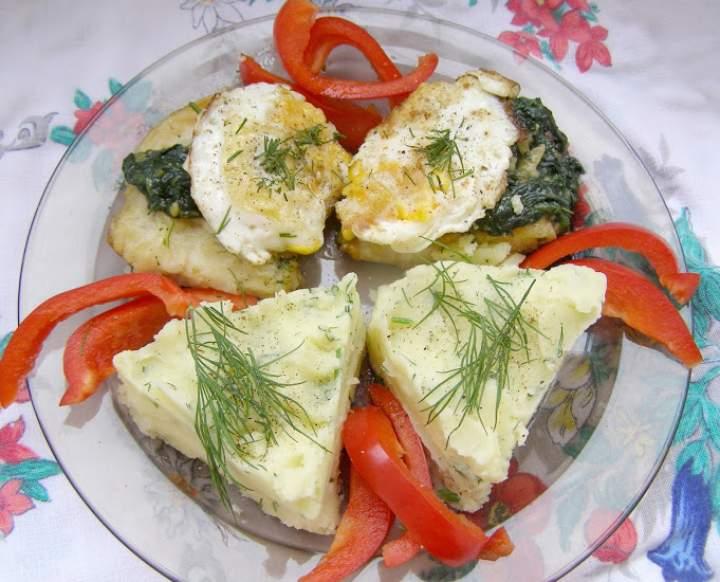 dorsz czarny z jajkiem, szpinakiem na obiad…
