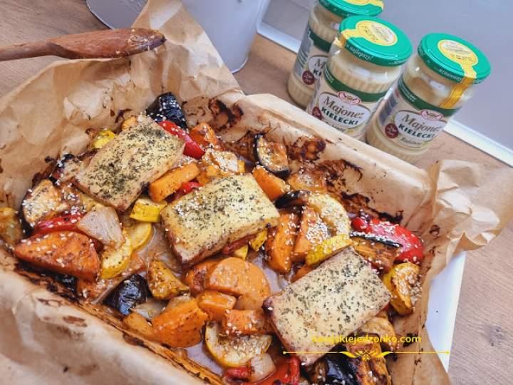 Pieczone  kolorowe warzywa w sosie majonezowym