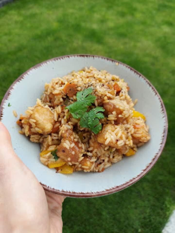 Ryż, super tofu i warzywa