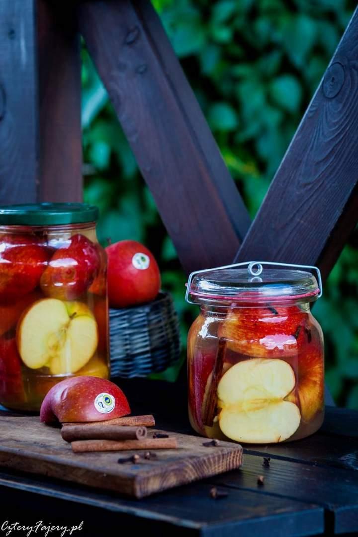 Przepis na kiszone jabłka