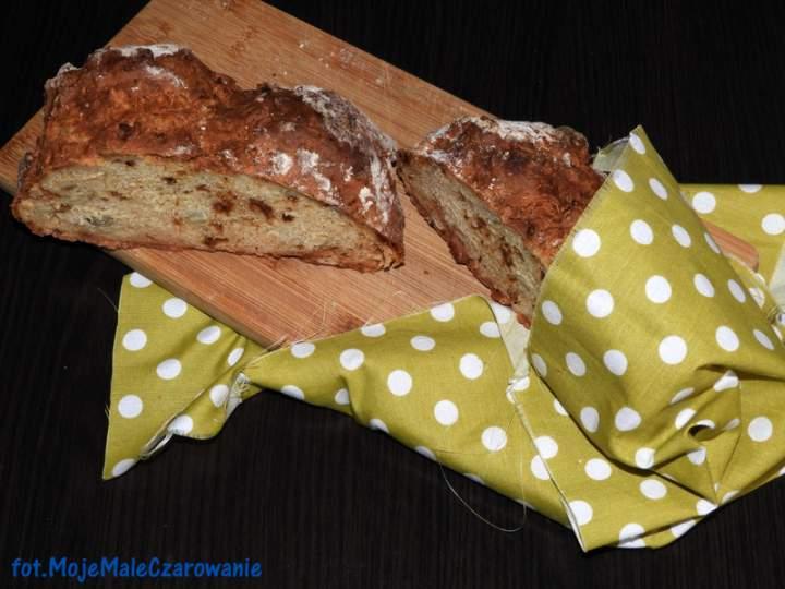 Chleb na sodzie z dynią i prażoną cebulką