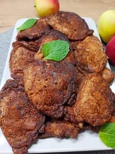 Placki kakaowo-twarogowe z jabłkiem