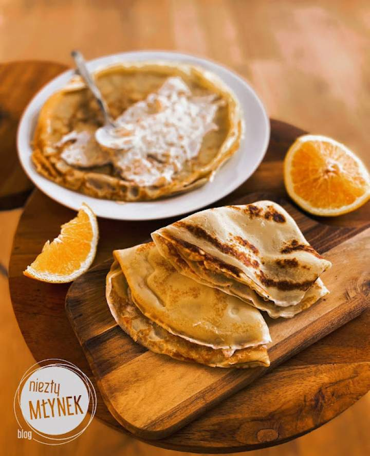 Pomarańczowe naleśniki z serem ricotta