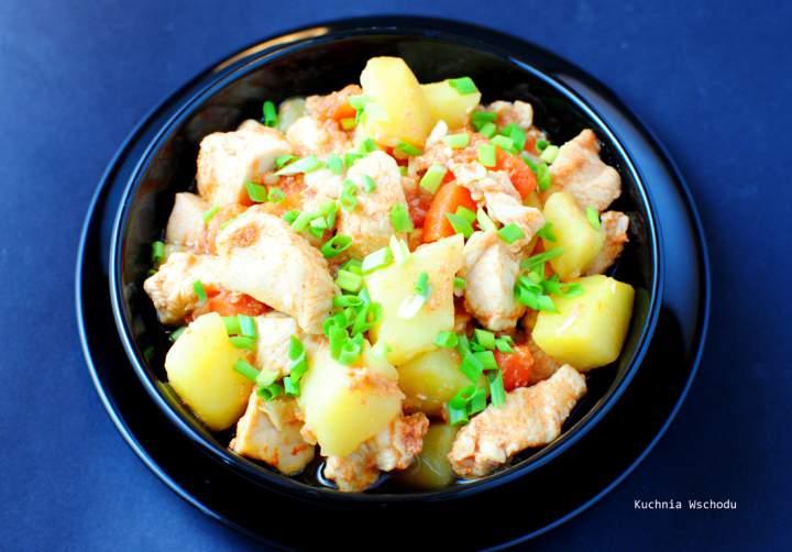 Dakdoritang – koreański, pikantny gulasz z kurczaka