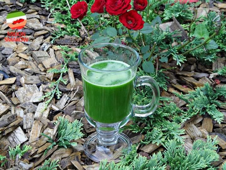 Zielony napój multiwitaminowy