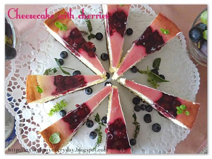 Sernik z wiśniową frużeliną – Cheesecake with cherries