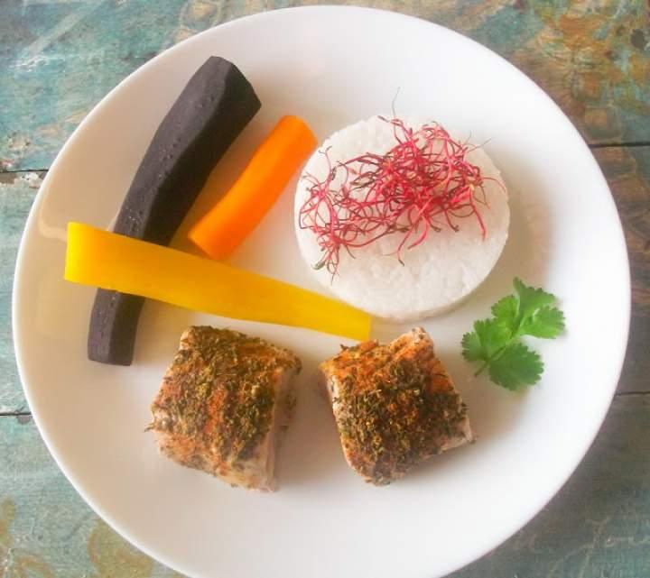 Polędwiczki wieprzowe z ryżem jaśminowym z parowaru