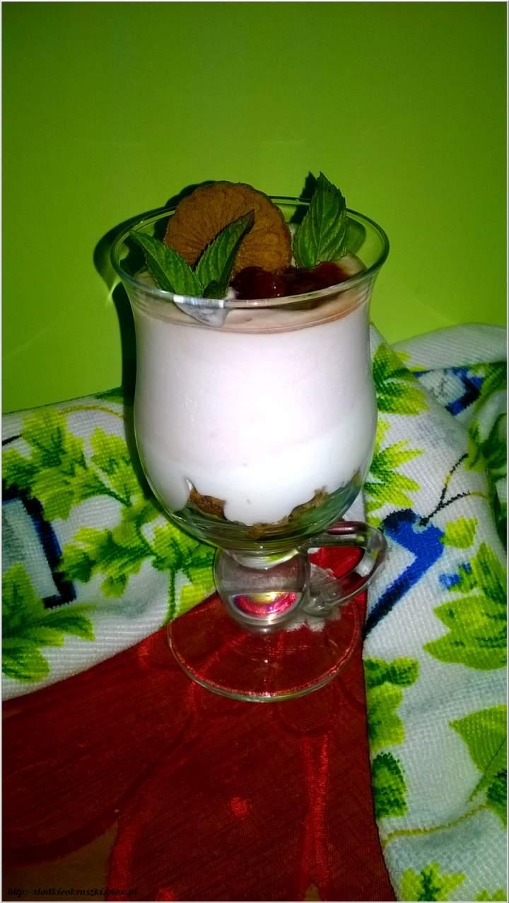 Serniczek z truskawkowym akcentem – czyli moje kilka chwil słodyczy