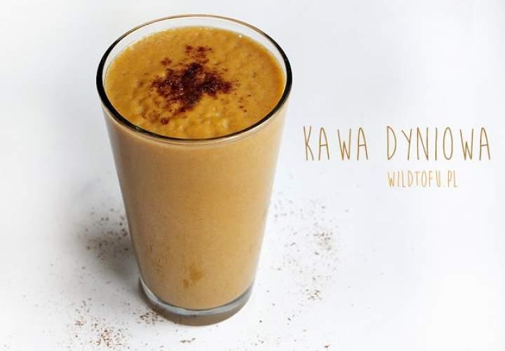 dynia + mleko roślinne + kawa + przyprawa do piernika + cukier kokosowy