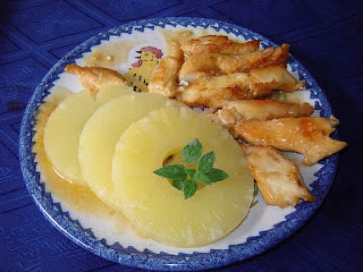 Kurczak z ananasem