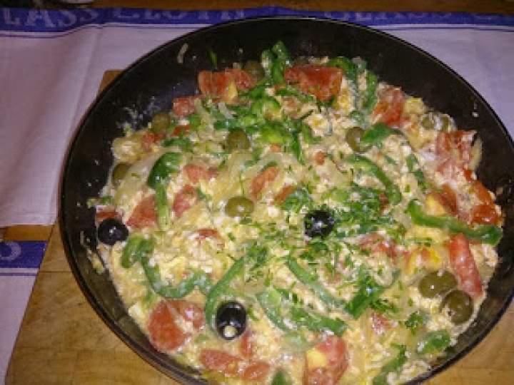 jajecznica w stylu hiszpańskim