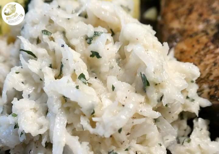 Rzodkiewianka,czyli surówka z białej rzodkwi