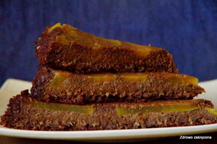Czekoladowe ciasto-mus z karmelizowaną gruszką. Bezglutenowe, wegańskie, superzdrowe i pyszne!