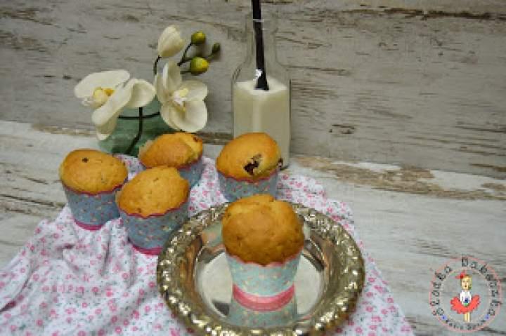 Jogurtowe muffinki z czekoladą