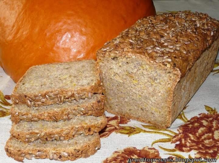 Chleb dyniowy z ziarnami słonecznika