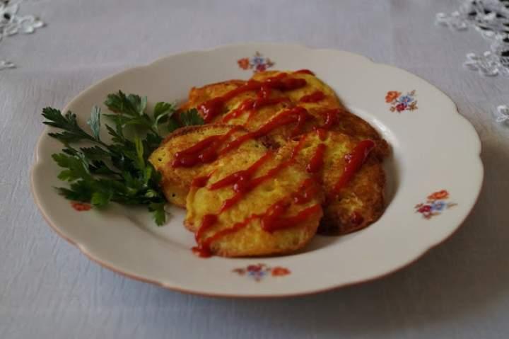 Mini omlety z kaszy jaglanej