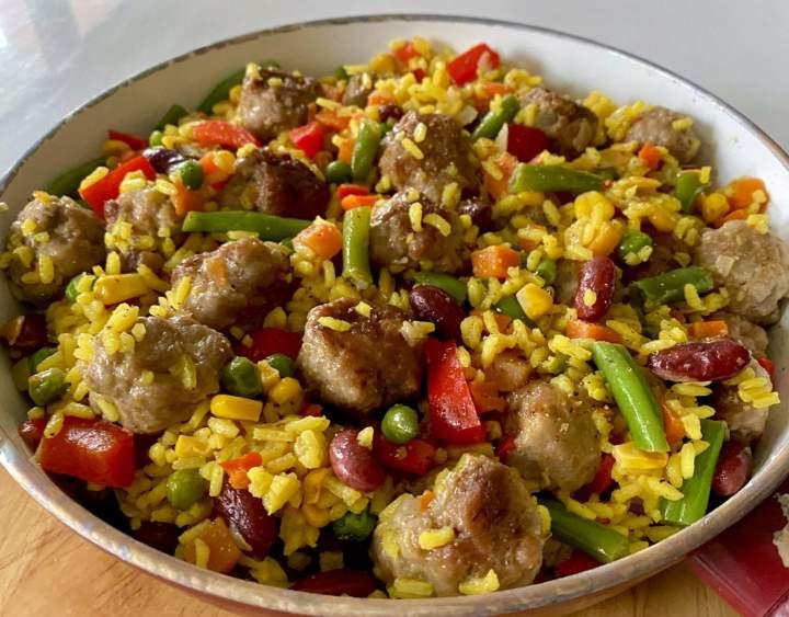 Soczyste klopsiki z ryżem i warzywami