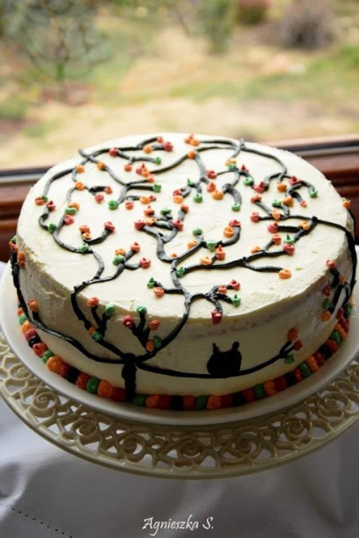 Jesienny tort kajmakowo gruszkowy