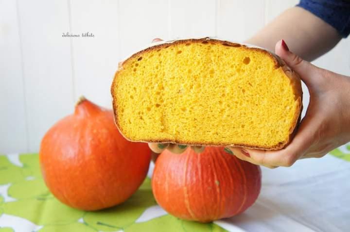 Chleb dyniowy z garnka żeliwnego