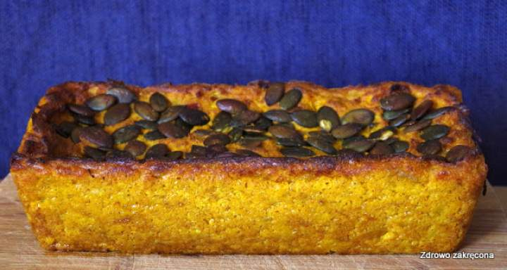 Wegański i bezglutenowy pasztet z pieczonej dyni i kaszy jaglanej