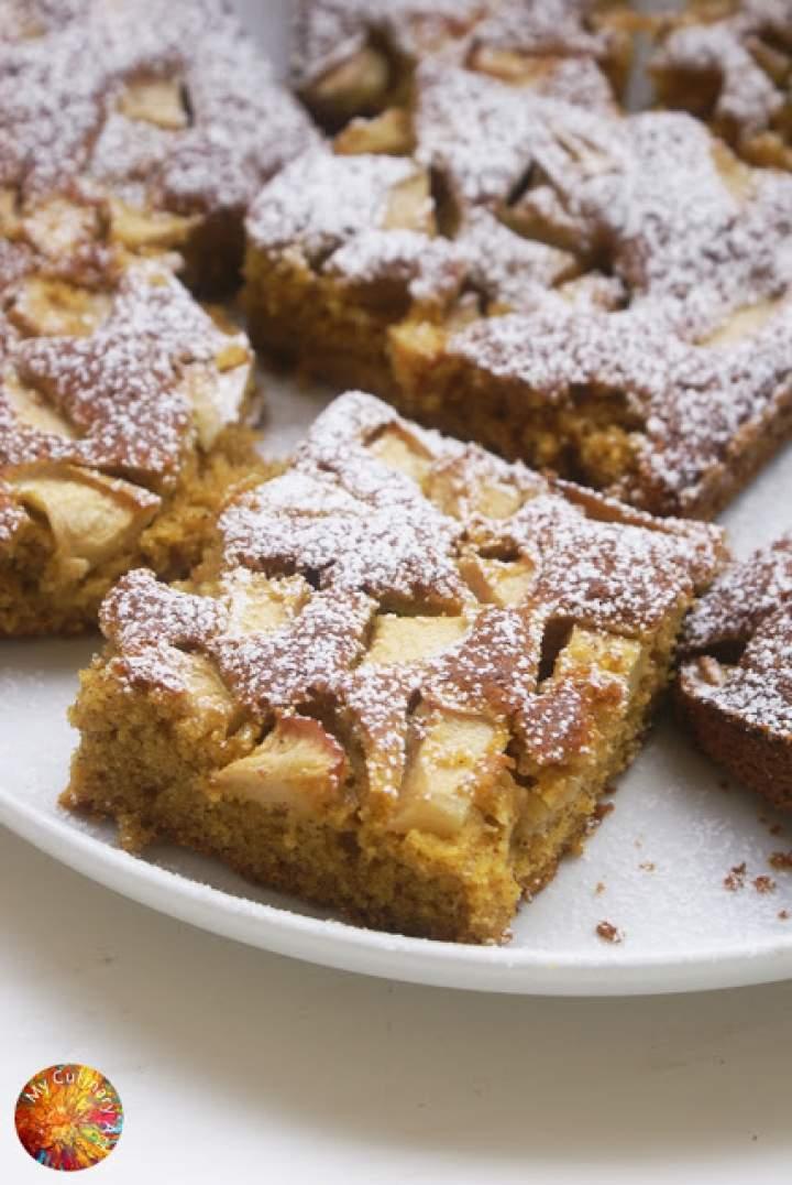 Łatwe ciasto z dynią i jabłkiem