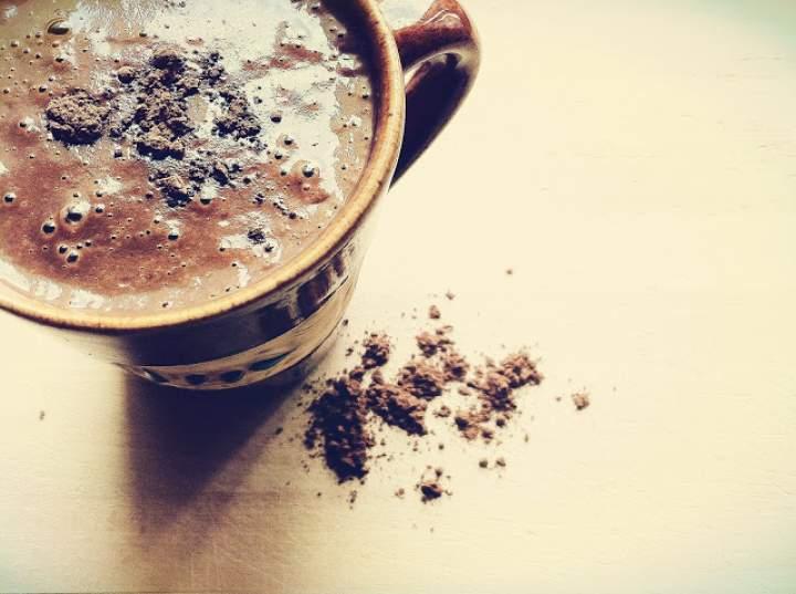 olej kokosowy + kakao + mleko roślinne + mąka ryżowa + inka + ksylitol