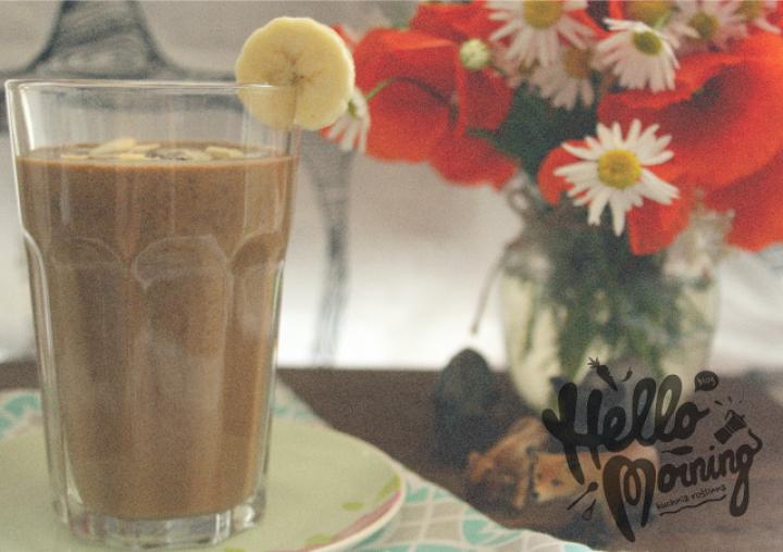 espresso + daktyle + banan + mleko + chia + migdały + karob + kakao + olej