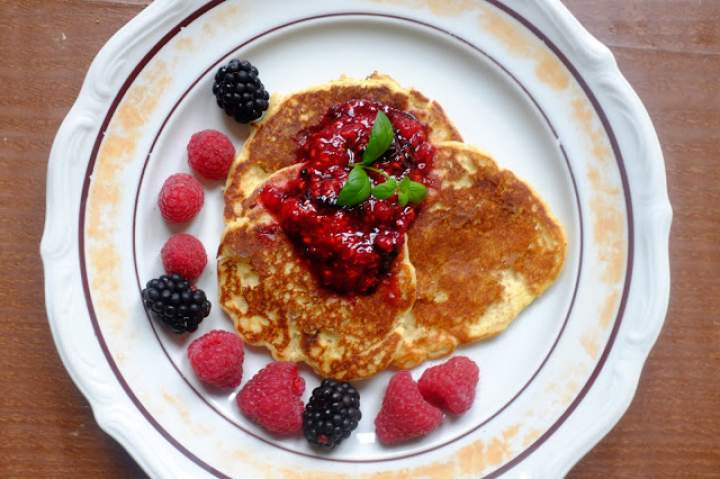 Śniadaniowe placuszki z ricotty