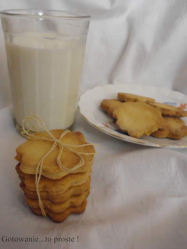 Ciasteczka maślane z nutą cytrynową