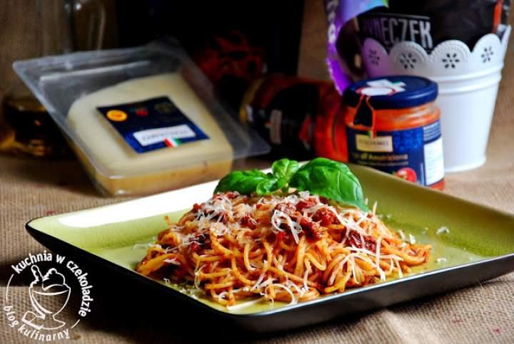 Pikantne spaghetti dla zapracowanych