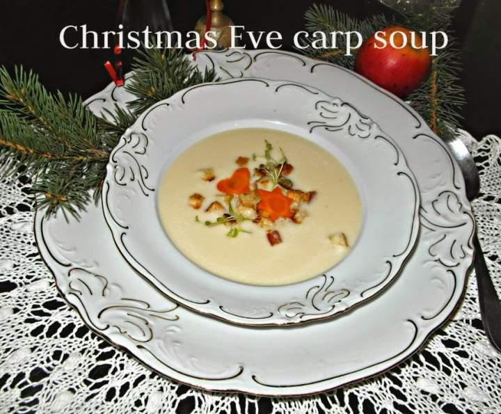 Wigilijna zupa z karpia – Christmas Eve carp soup