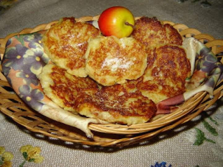 Placki ziemniaczane z jabłkami na słodko