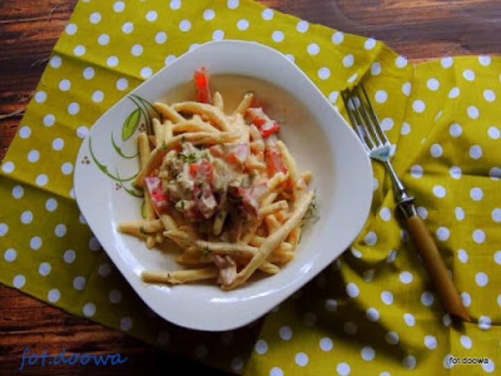 Włoskie rurki z sosem i ricottą