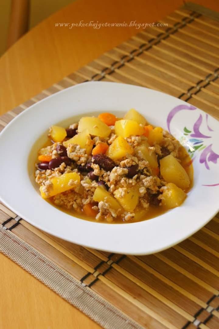 Jesienna potrawka z dynią i mielonym