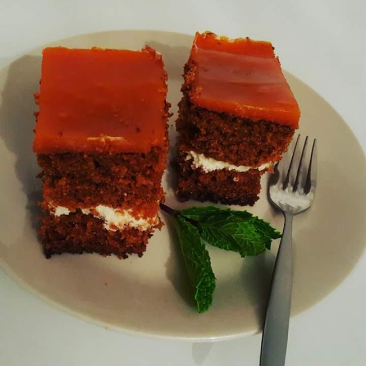 Ciasto marchewkowo-pomarańczowe Moni.